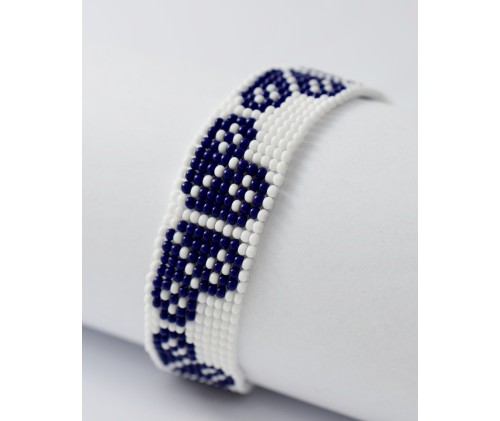 folk bracelet- blue heart