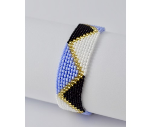 folk bracelet- triangle